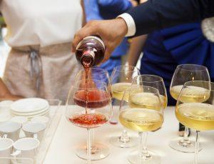 מזיגת יין